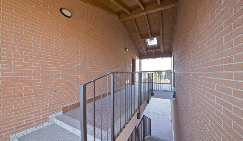 appartamento-trilocale-mansardato-a Venegono Superiore (2)