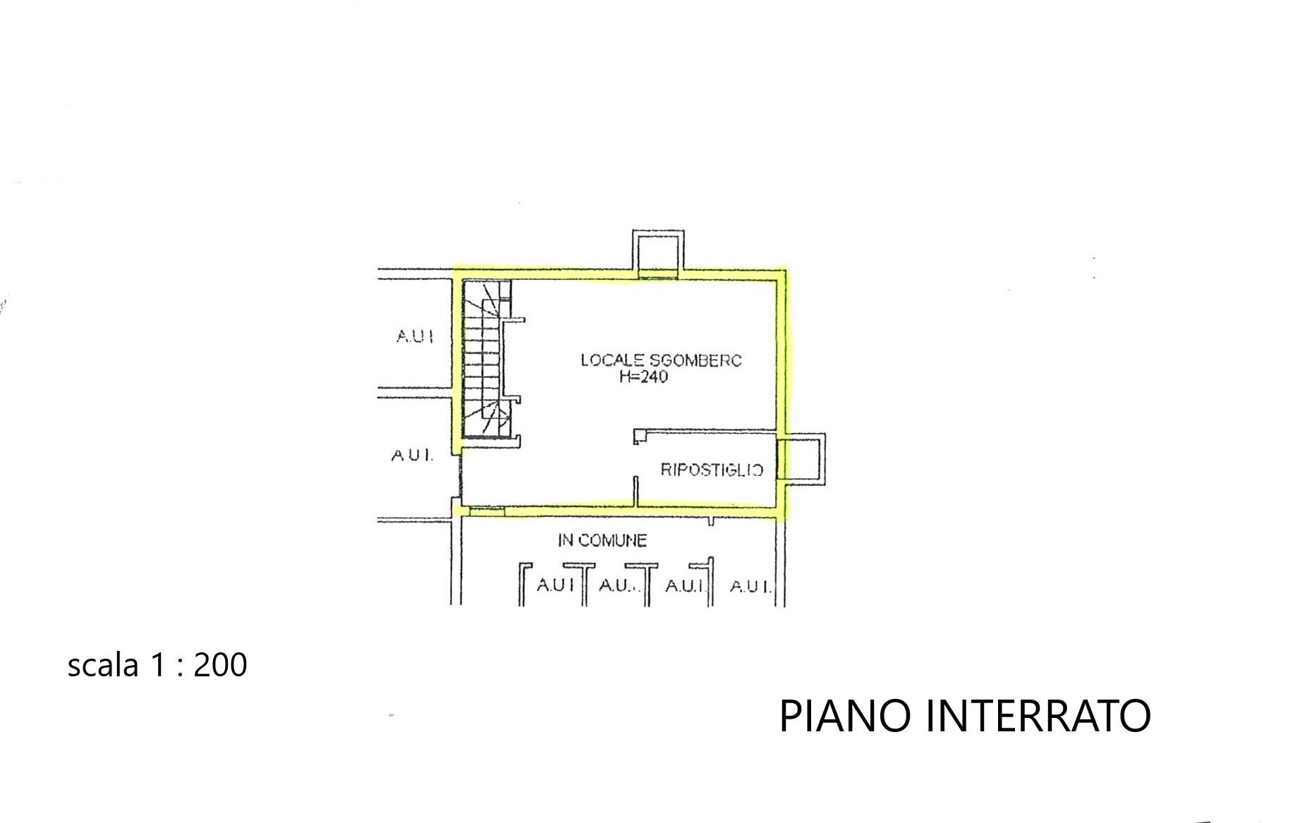 Piano Interrato-locale cantinato uso taverna