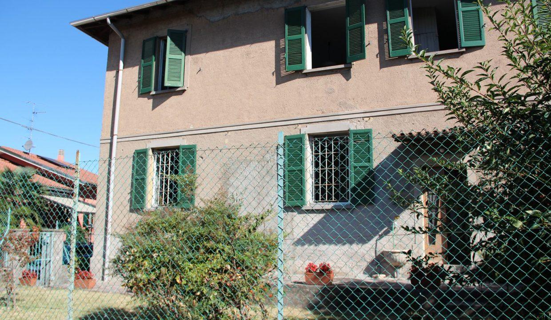 porzione di casale-da ristrutturare-a Castiglione Olona (2)