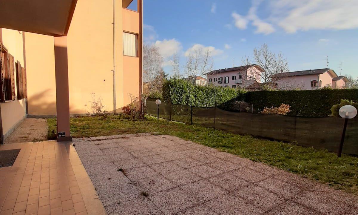 trilocale-con taverna-giardino-a Castiglione Olona (2)