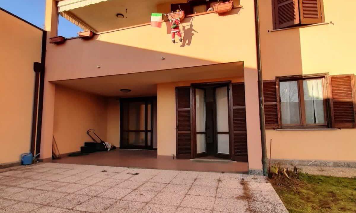 trilocale-con taverna-giardino-a Castiglione Olona (22)