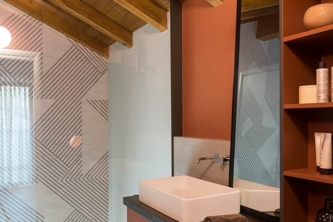 appartamento 3 locali-mansardato-con doppi servizi-terrazzo-a Tradate-classe A+
