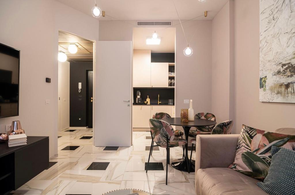 appartamento 4 locali-piano terra-con ingresso indipendente-giardino privato-a Tradate-in classe A+ (5)