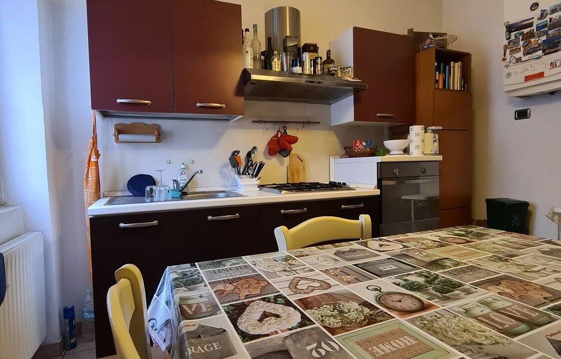appartamento-trilocale-al primo piano-castiglione olona (10)