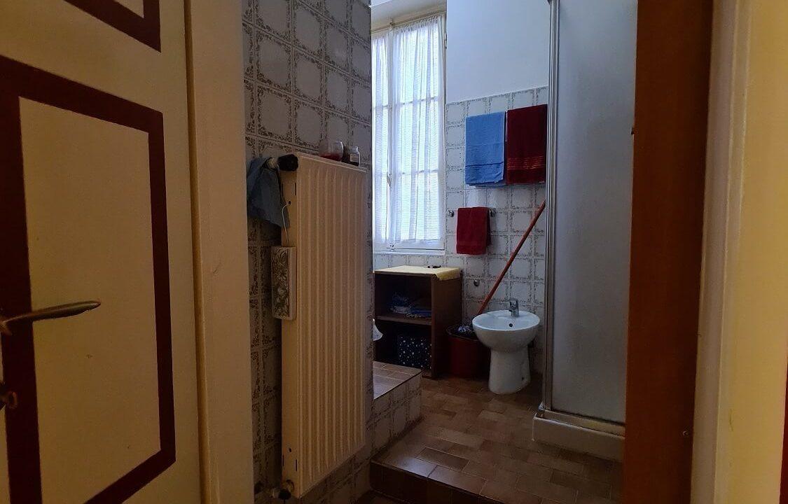 appartamento-trilocale-al primo piano-castiglione olona (24)