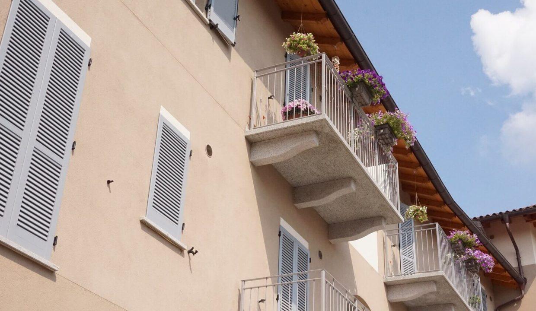 appartamento-trilocale-con doppi servizi-al primo piano-a venegono superiore-classe A (12)