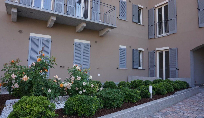 appartamento-trilocale-con doppi servizi-al primo piano-a venegono superiore-classe A