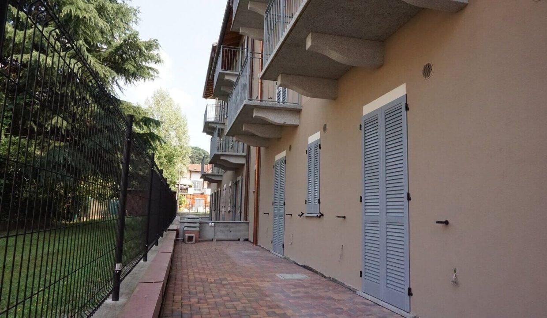 appartamento-trilocale-con doppi servizi-al primo piano-a venegono superiore-classe A (14)