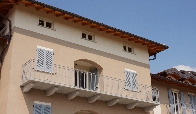 appartamento-trilocale-con doppi servizi-al primo piano-a venegono superiore-classe A (8)