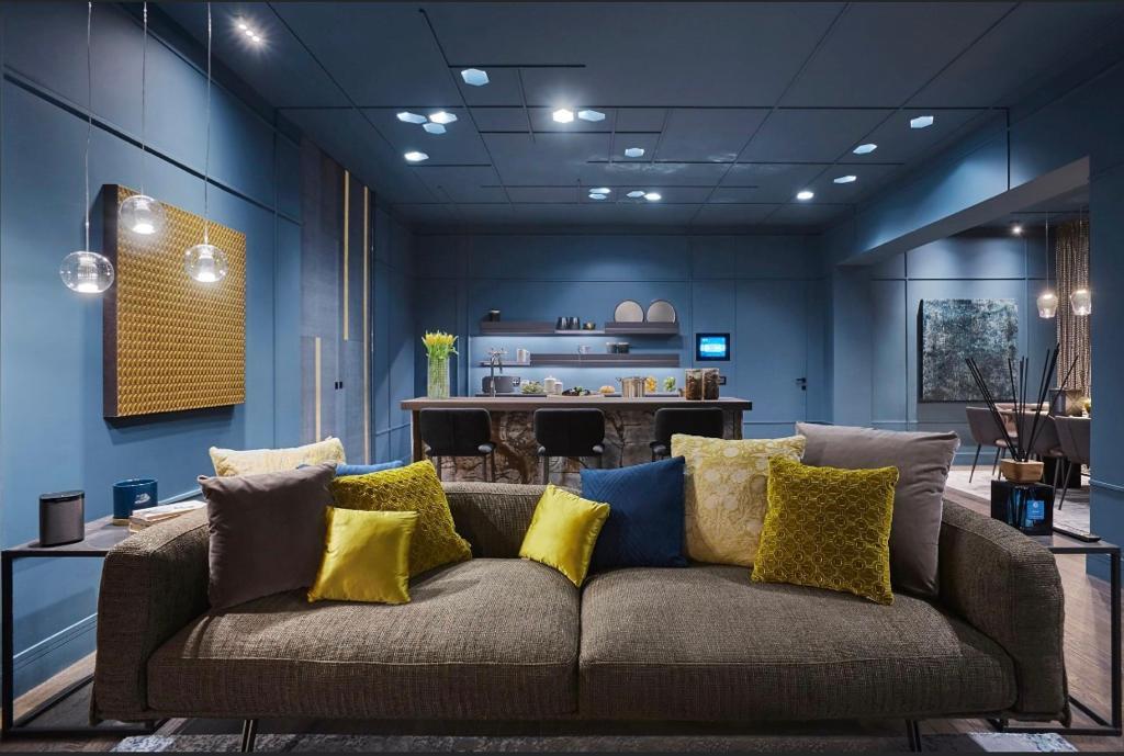 appartamento trilocale mansardato-con doppi servizi- terrazzo-a Tradate -in Classe A+ (8)