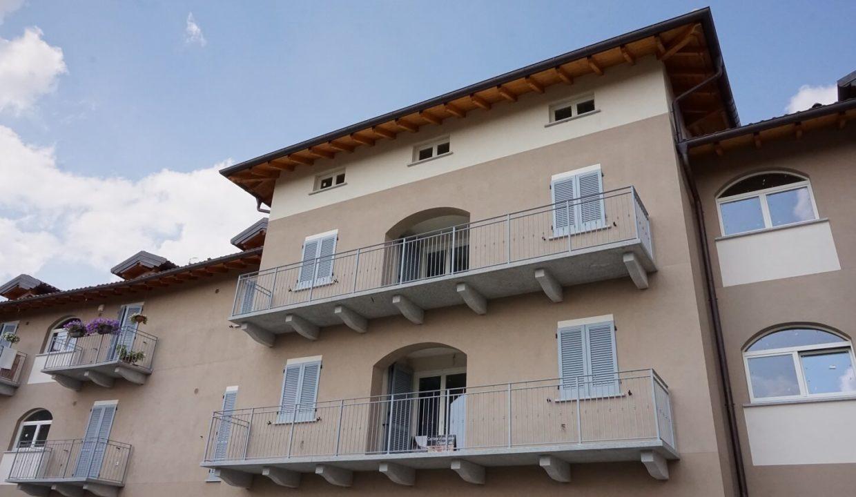 attico trilocale-con doppi servizi-al secondo piano-a venegono superiore-classe A (4)