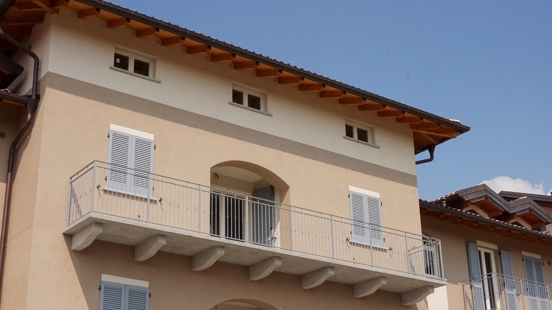 Attico trilocale con doppi servizi al secondo piano a Venegono Superiore – Classe A