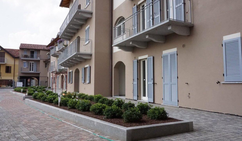 trilocale-al piano terra-con doppi servizi-area di proprietà-a venegono superiore-classe A (2)
