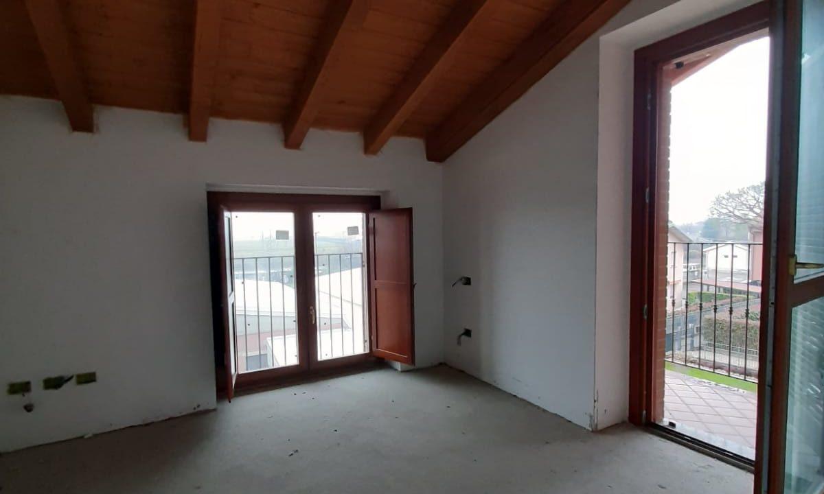 trilocale-masardato-a Venegono Superiore-classe B (15)