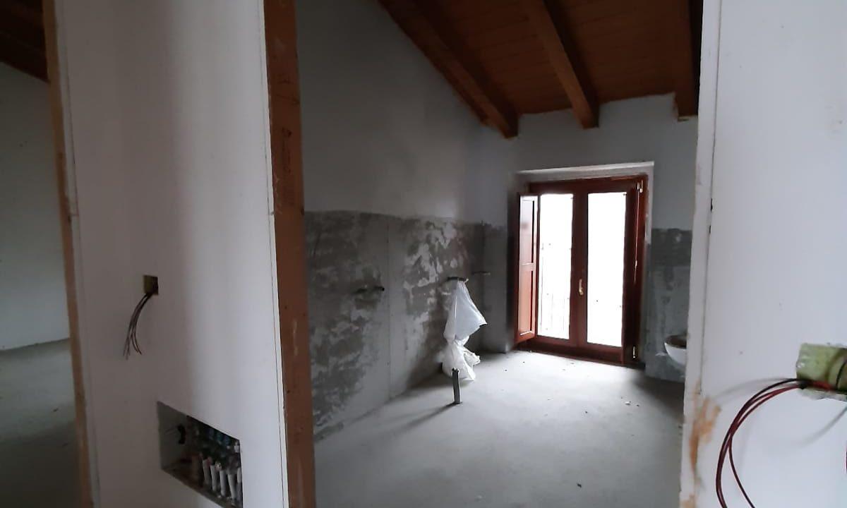 trilocale-masardato-a Venegono Superiore-classe B (19)