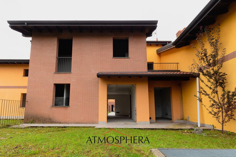 Villa semi-indipendente con giardino a Gornate Olona in Classe B