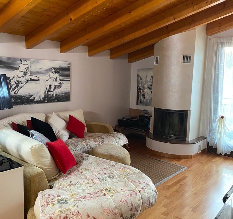 appartamento-trilocale-mansardato-a lonate ceppino (4)