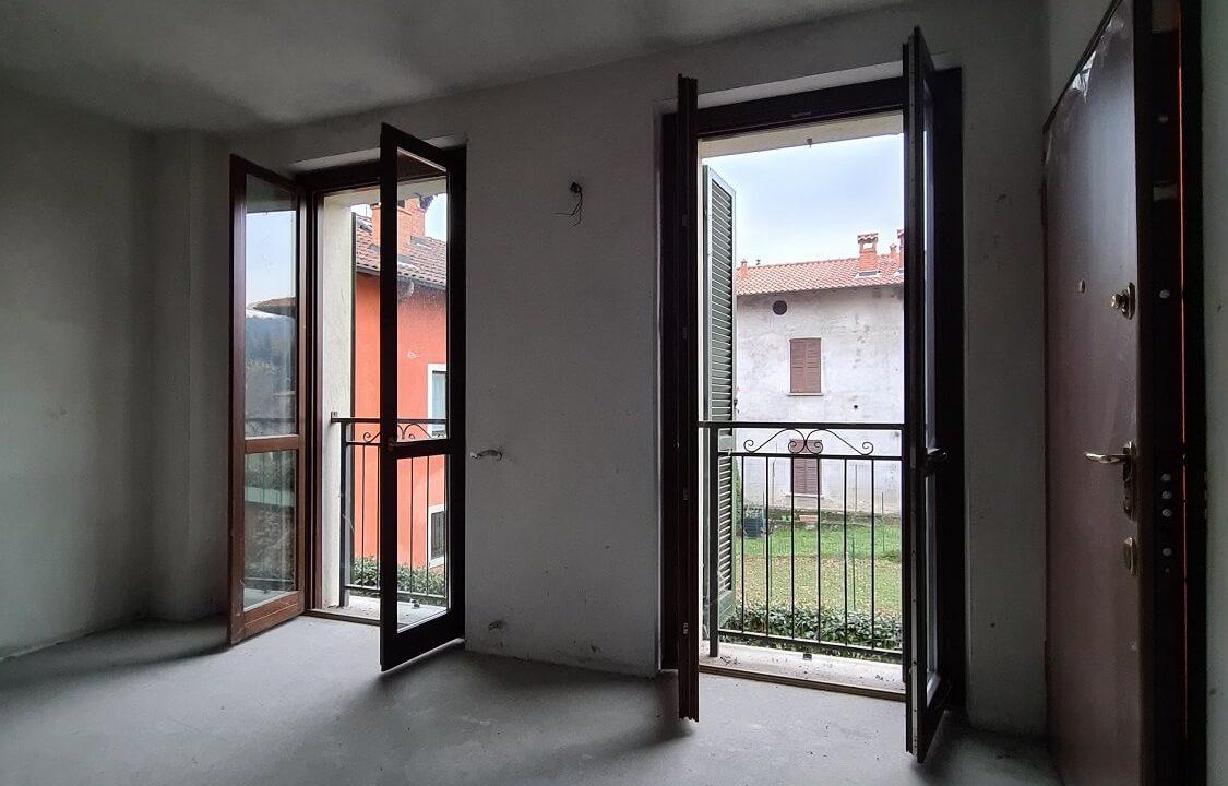 Appartamento-trilocale-a Gornate Superiore
