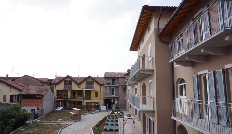 appartamento-trilocale-con doppi servizi-a venegono superiore-classe A (24)