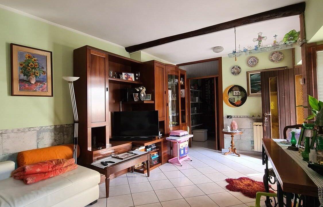Porzione terra-tetto a Castiglione Olona (11)