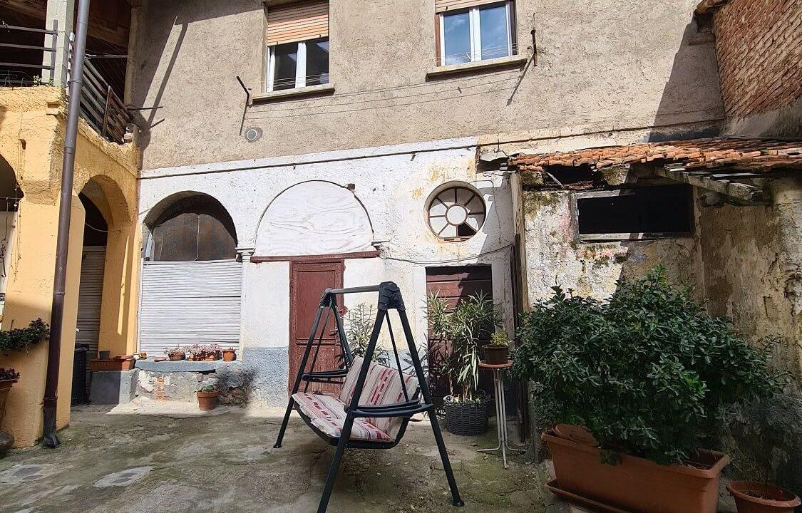 Porzione terra-tetto a Castiglione Olona (47)