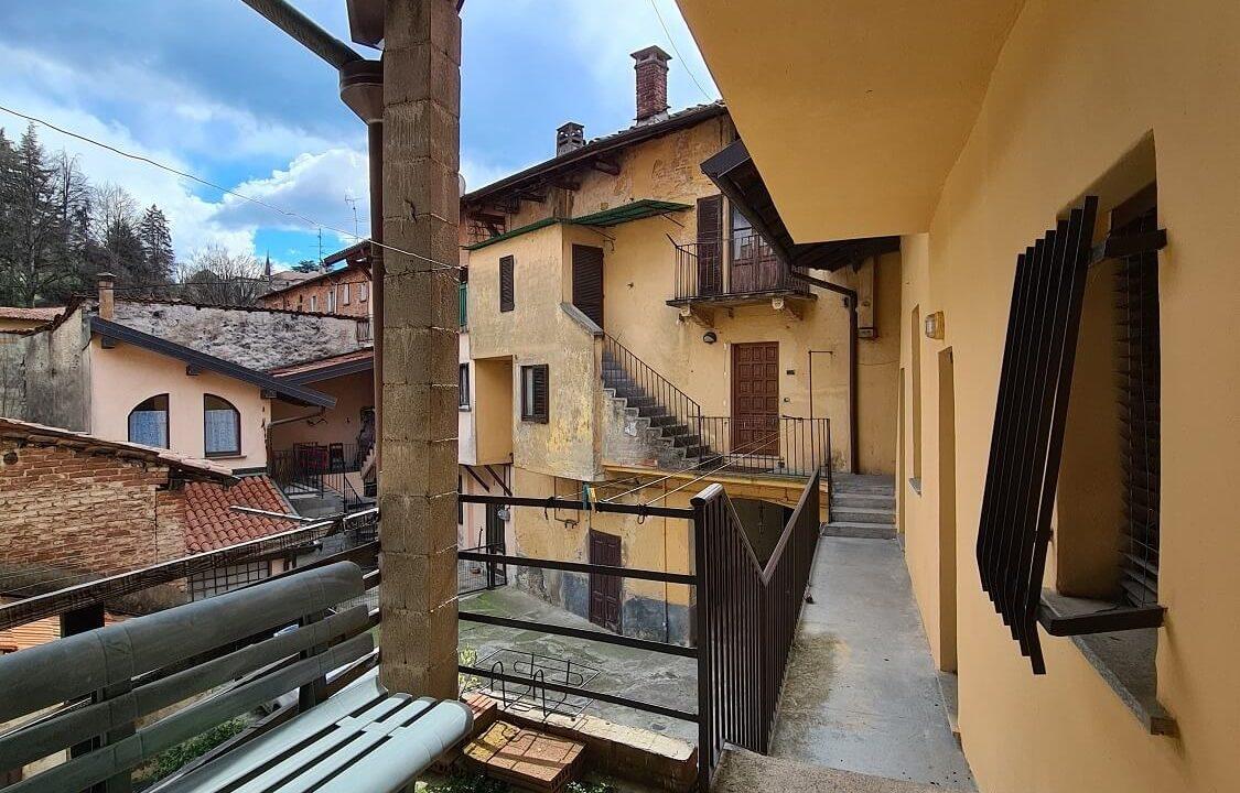 Porzione terra-tetto a Castiglione Olona (52)