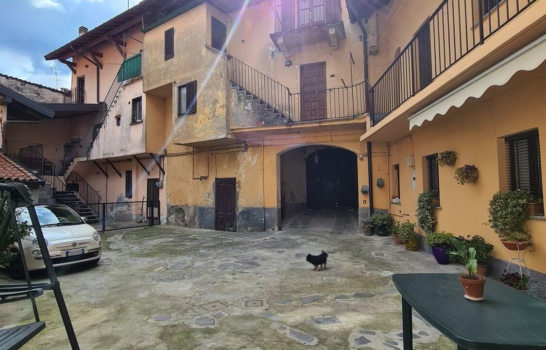 Porzione terra-tetto a Castiglione Olona (57)