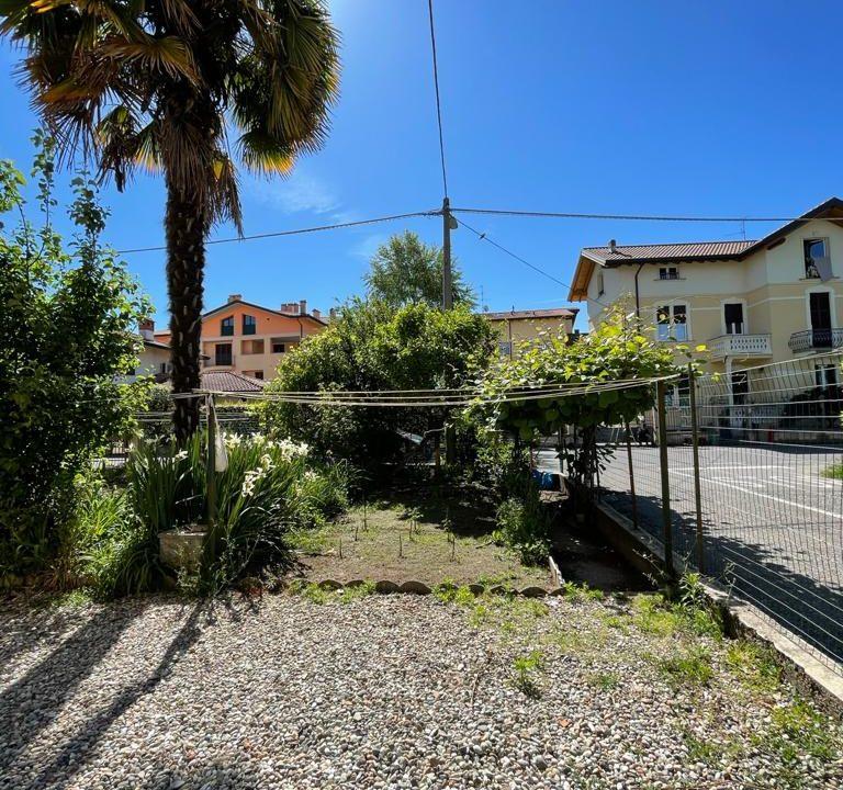 Appartamento-trilocale-con girdino-ad Abbiate Guazzone (11)