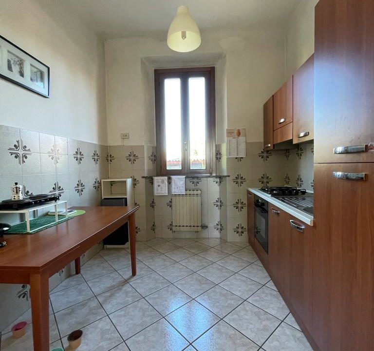 Appartamento-trilocale-con girdino-ad Abbiate Guazzone (13)