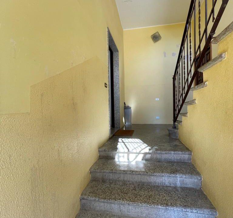 Appartamento-trilocale-con girdino-ad Abbiate Guazzone (5)
