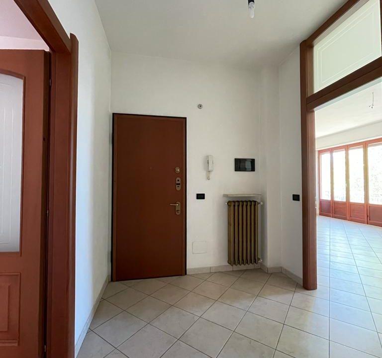 Appartamento-trilocale-con terrazzo-con locale sottotetto (1)