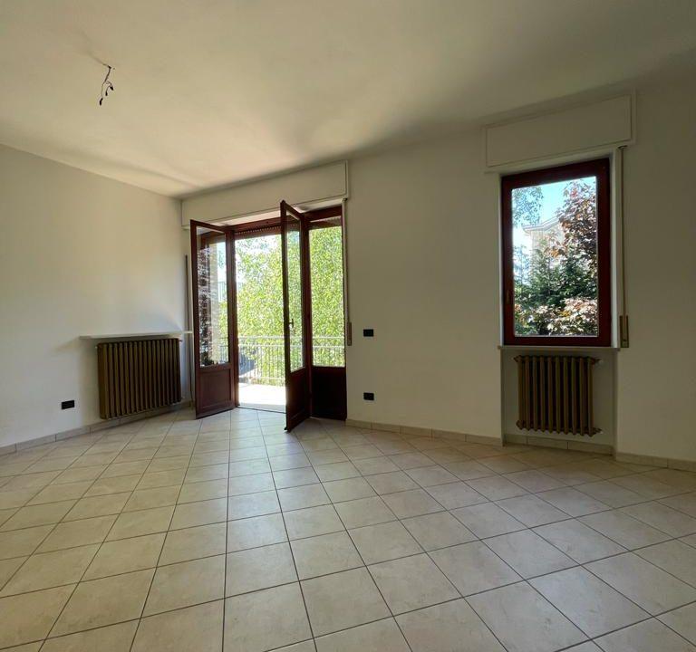 Appartamento-trilocale-con terrazzo-con locale sottotetto (10)
