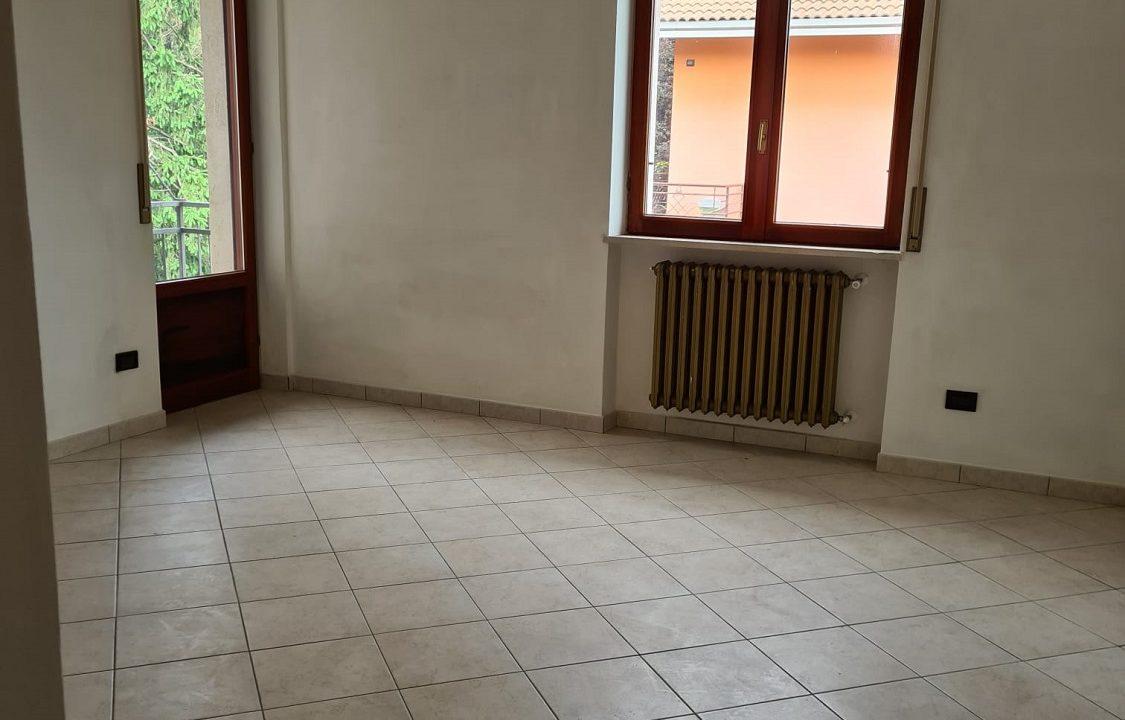 Appartamento-trilocale-con terrazzo-con locale sottotetto (46)