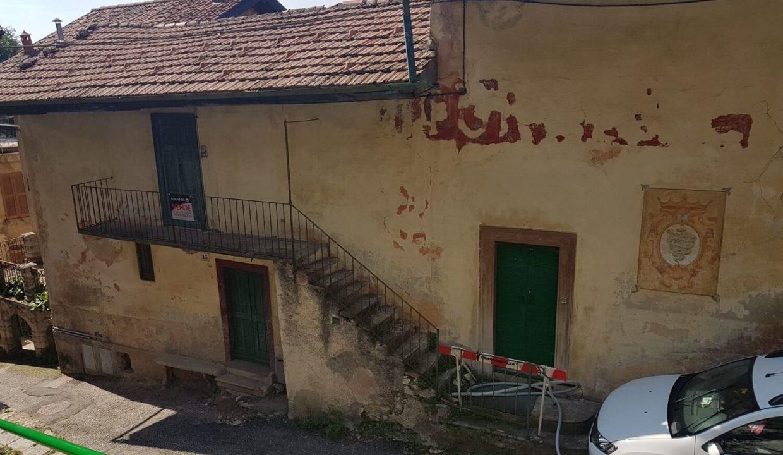 Immobile d'epoca-su 5 livelli-a Sacro Monte di Varese (42)