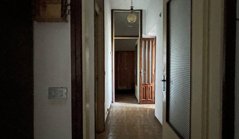 porzione di casa-da ristrutturare-a Tradate (11)