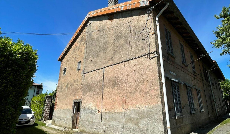 porzione di casa-da ristrutturare-a Tradate (17)
