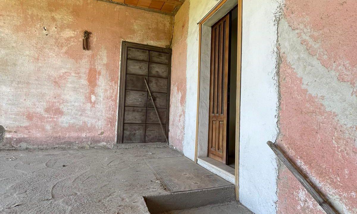porzione di casa-da ristrutturare-a Tradate (4)