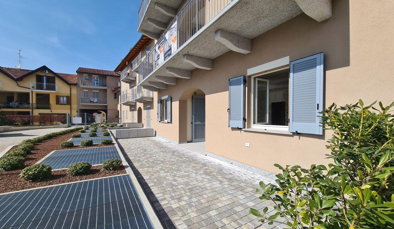 Appartamento-trilocale-al piano terra-con doppi servizi-a Venegono Superiore-in classe A (28)
