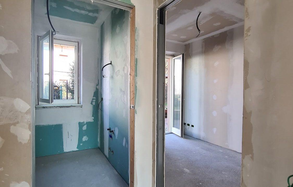 Appartamento-trilocale-al piano terra-con doppi servizi-a Venegono Superiore-in classe A (32)-min