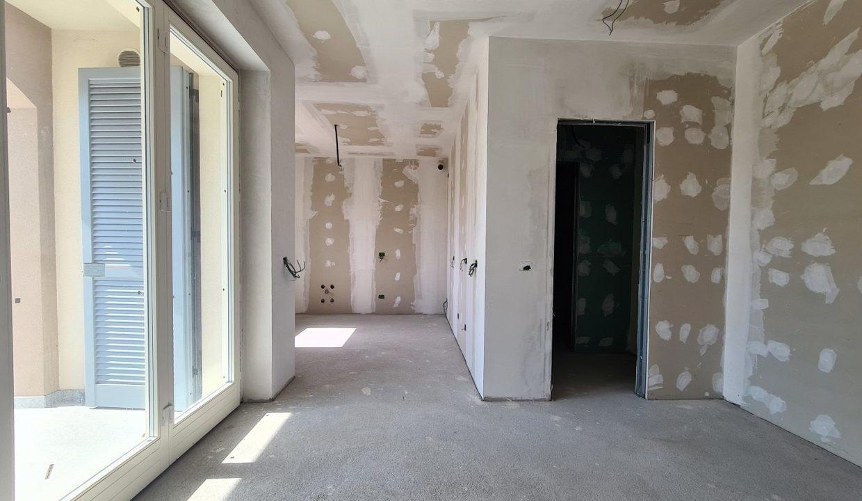 Appartamento-trilocale-al piano terra-con doppi servizi-a Venegono Superiore-in classe A (6)