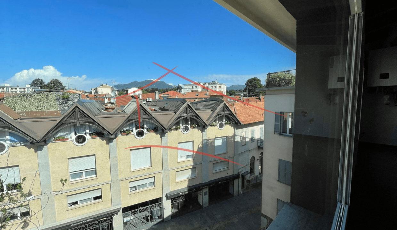 trilocale-attico-in centro a Varese (3)