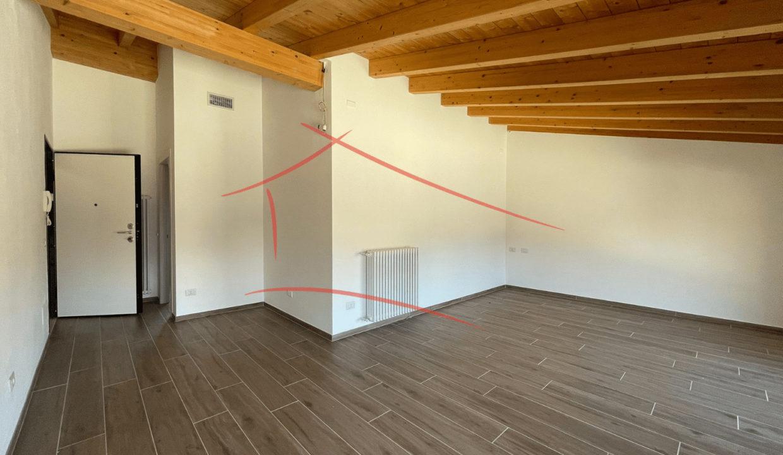 trilocale-attico-in centro a Varese (5)