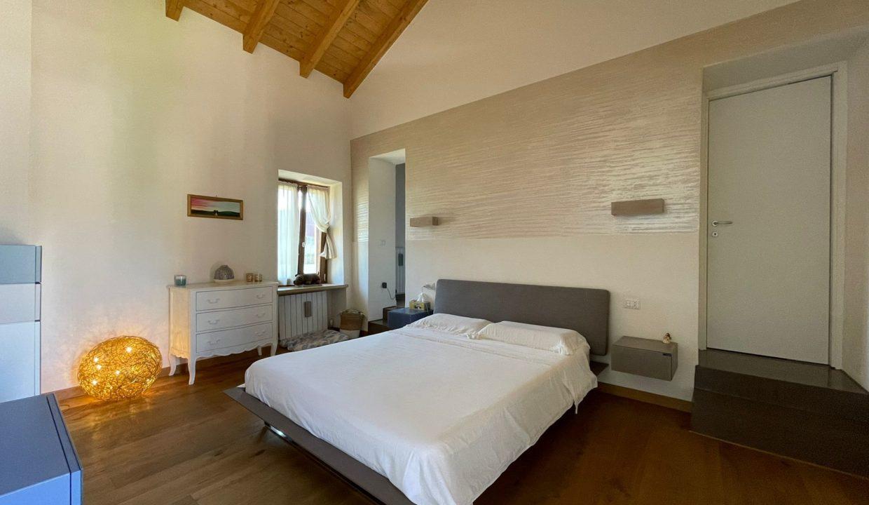 Trilocale-su due piani-a Castiglione Olona (12)