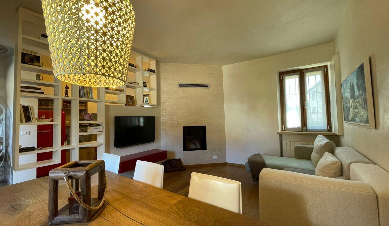 Trilocale-su due piani-a Castiglione Olona (4)