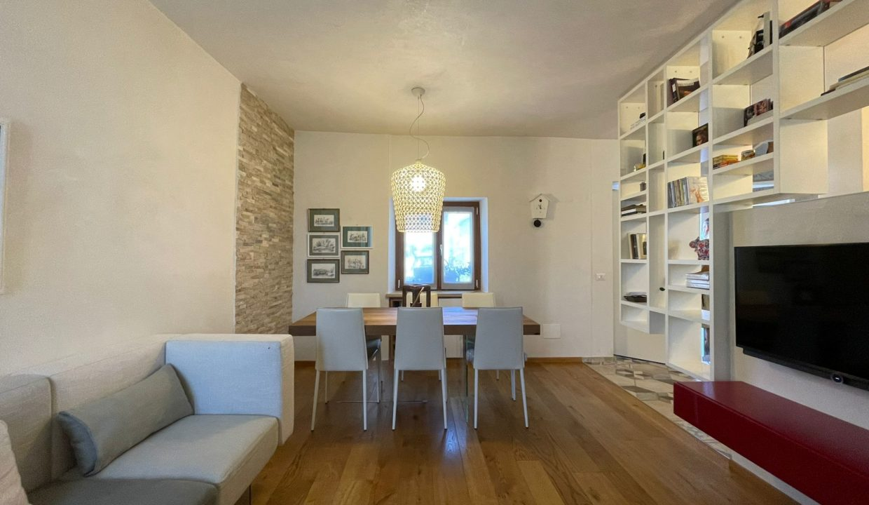 Trilocale-su due piani-a Castiglione Olona (5)